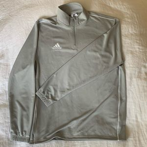 Adidas warm-up Pullover. In EUC. Large.